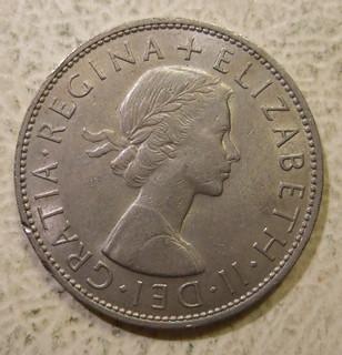 GREAT BRITAIN, ELIZABETH II, 1967 ---HALF CROWN b