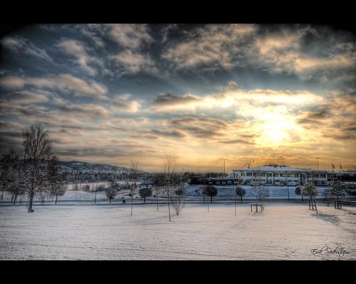 winter sky cloud white snow cold clouds göteborg landscape vinter high saturated nikon heaven day skies view dynamic angle sweden gothenburg wide sigma wideangle daytime sverige dag 1020mm range 1020 f8 snö hdr hdri landskap moln d300 uwa kall 14mm kallt 9xp