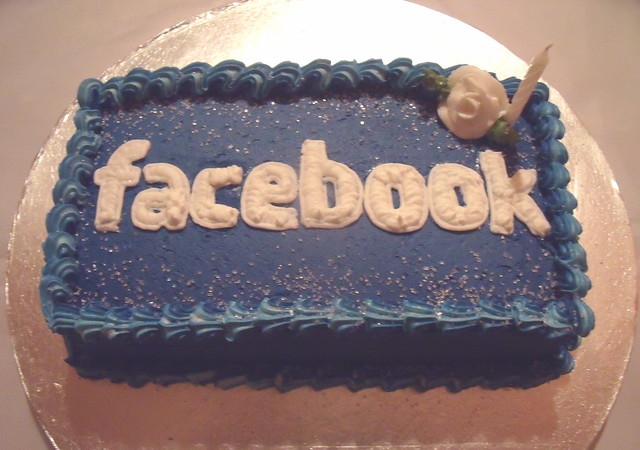 Share Cake Pictures On Facebook : facebook cake Explore Creative Cakes by KeeKee s photos ...