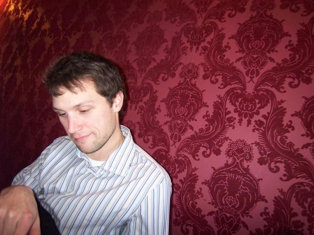 ian and the red velvet wallpaper