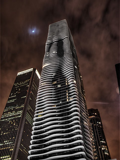 Chicago Aqua Building (hdr at night)