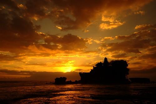 travel sunset vacation bali holiday indonesia nikon tanahlot sigma1020 d80 1020sigma