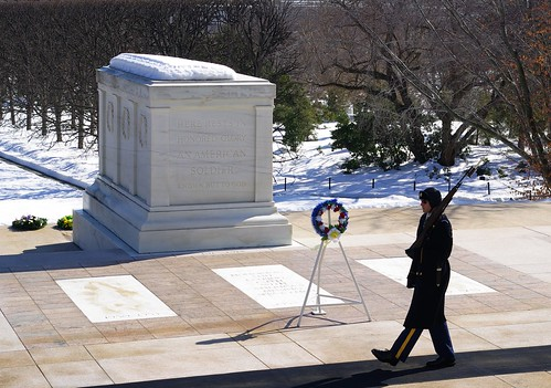 Tomb of the Unknowns, photo by kanu101, http://www.flickr.com/photos/kateure1309/