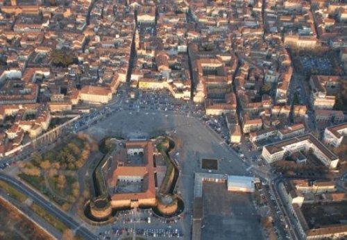 Notte bianca e mercatino monferrato doc a casale - Mercatino alessandria ...