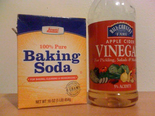 baking soda and apple cider vinegar to get rid of spots on your back