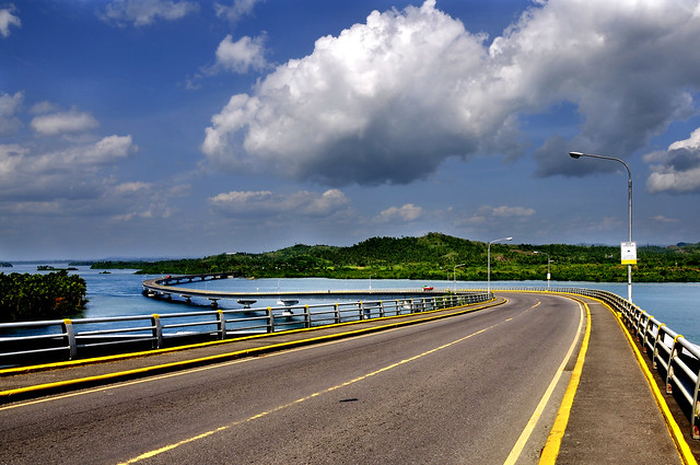 San Juanico Bridge http://www.flickr.com/photos/imohthep/4436507111/
