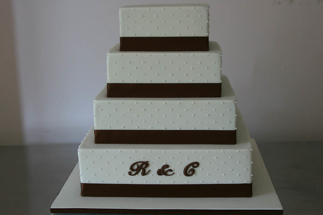 square tiered wedding cake sizes 4484940011 202054f8a8 z jpg 20376
