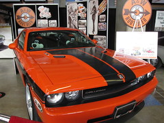 stock car racing(0.0), automobile(1.0), automotive exterior(1.0), wheel(1.0), vehicle(1.0), performance car(1.0), automotive design(1.0), dodge challenger(1.0), bumper(1.0), classic car(1.0), land vehicle(1.0), luxury vehicle(1.0), muscle car(1.0),