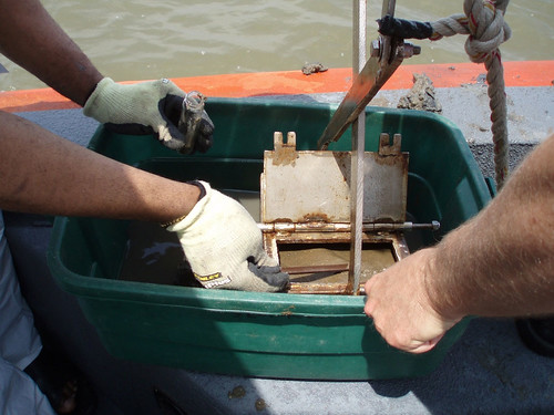 NOAA Mussel Watch: Collecting a Sediment Sample