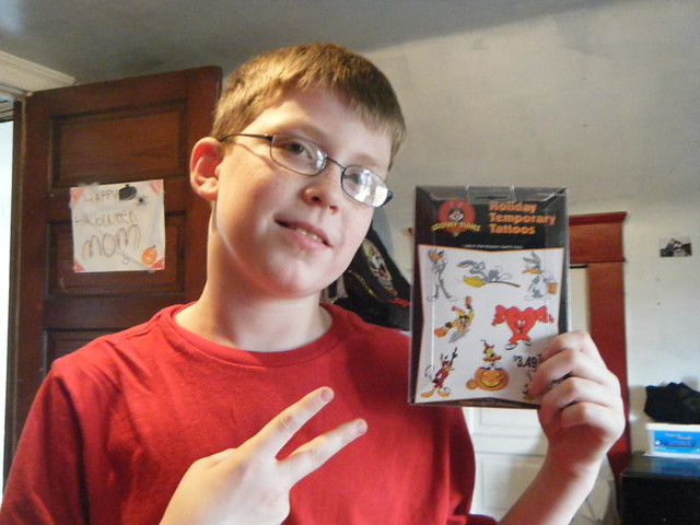 Swag Bucks Snag - Looney Tunes Halloween Themed Temporary Tattoos