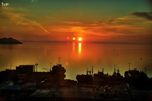 sun color sunrise turkmenistan turkmenbashi
