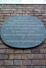 Photo of London School of Economics & Political Science black plaque