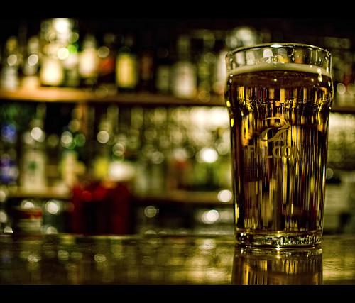 beer wednesday bokeh gothenburg olympus falcon majorna musicquiz e410 olympuse410 olympuszuikodigital2528