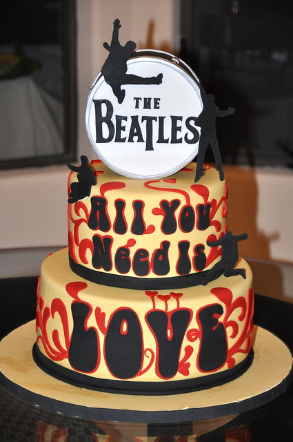 Amazing Birthday Cake Beatles