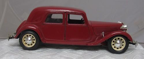1934 Citroen 15cv Traction Avant right