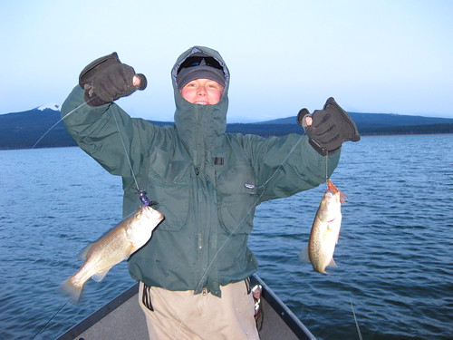 Cold weather bass n the caddis fly oregon fly fishing blog for Fishing in cold weather