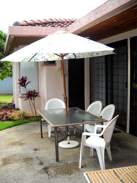 6 Foot to 12 Foot Market Umbrellas | Patio Table Umbrella Accessories