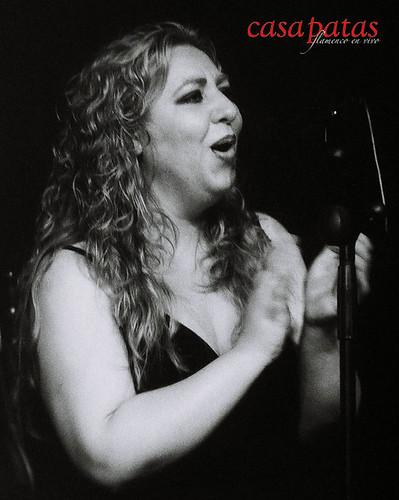 Luisis Carmona al cante. Foto: Martín Guerrero