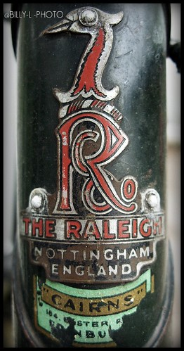 OLD RALEIGH BIKE SIGN