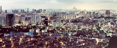 blue urban mountain film skyline analog sunrise glow kodak magic large lookout 8x10 hour seoul metropolis format southkorea viewpoint p2 sinar namsan 800mm schneiderkreuznach e100g 12800 hangang 63tower apotelexenar