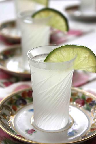 Kamikaze cocktail or shot recipe for Cocktail kamikaze