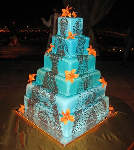 Orange and Aqua Wedding Cake http://www.flickr.com/photos/ibcablr/4221368168/