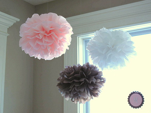 The sweet life homemade baby shower decorations for Baby shower decoration ideas homemade
