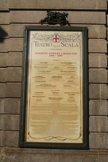 20091112 Milano 15 Piazza della Scala 17 Teatro alla Scala