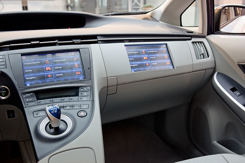 LTE Connected Car 114