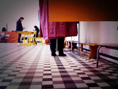 Régionales 14 mars 2010 isoloir