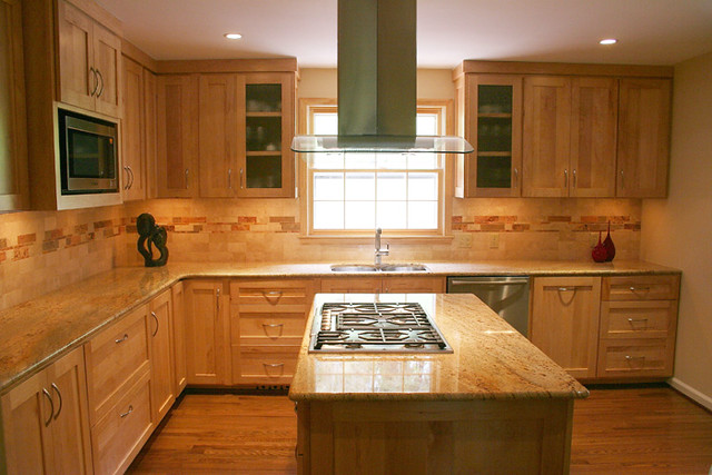 Photo for Kitchen backsplash ideas with maple cabinets