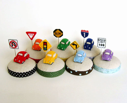 pincushion_minicars