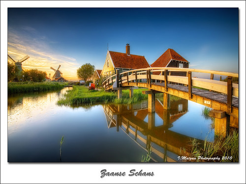 blue sunset red holland green yellow reflections nikon thenetherlands iván zaanseschans nikond200 artistictouch ivánmaigua