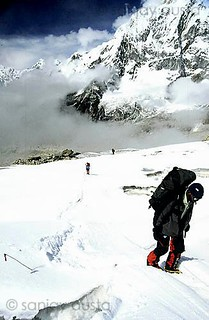 Climbers make their way up Kanchenjunga