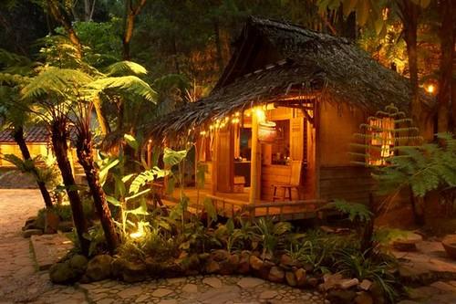 Golden Flower Hotel Bandung Tour & Volcano Package