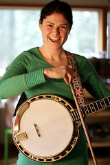"""rachel goes all """"jimmy page"""" on her banjo"""