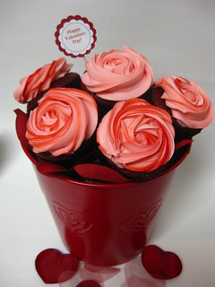 valentine's day cupcake bouquet