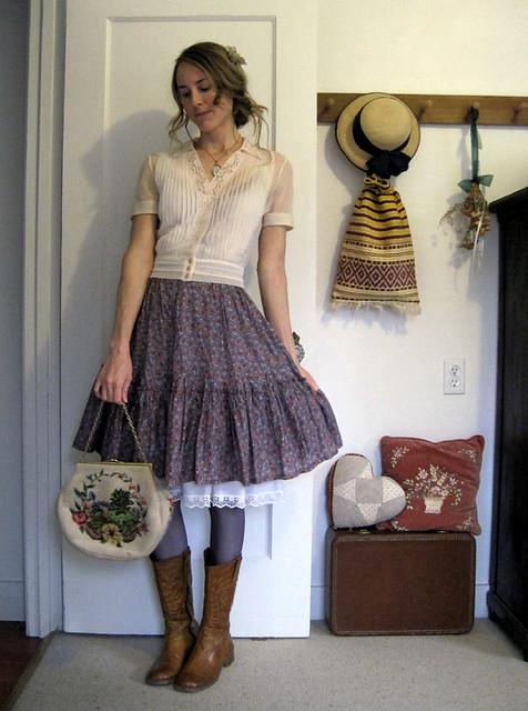 Floral dress upskirt - 5 4