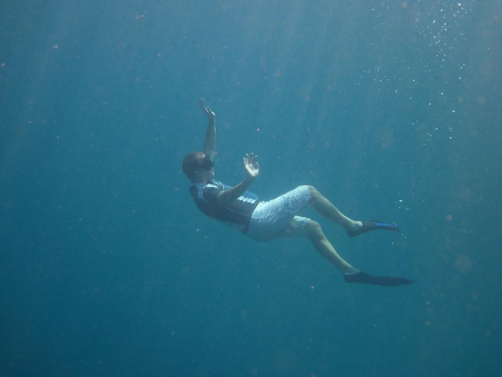 Deep free diving