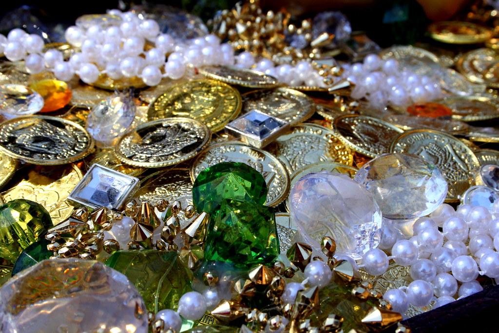 Treasure 013-1