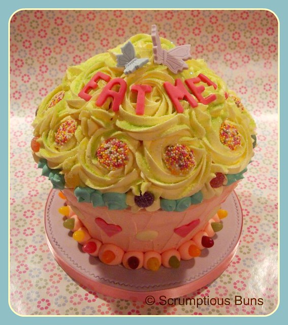 Giant Sweetie Cupcake 'Eat Me' | Flickr - Photo Sharing!