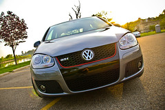 automobile, automotive exterior, wheel, volkswagen, vehicle, automotive design, volkswagen gti, volkswagen golf mk5, bumper, land vehicle, volkswagen golf,