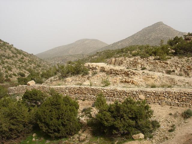 Ish n'Tit n'Ij and Wa nu Makhlouf from a distance, Beni Farah, 2010, مناظر جبلية في بني فرح