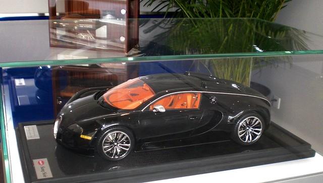 bugatti veyron sang noir amalgan model bugatti dealer beij. Black Bedroom Furniture Sets. Home Design Ideas