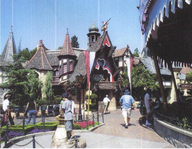 Disneyland Presents Pinocchio S Daring Journey Flickr