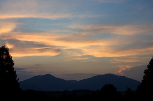 sunset orange mountains silhouette clouds bedford virginia dusk blueridgemountains blueridge appalachians bedfordcounty peaksofotter