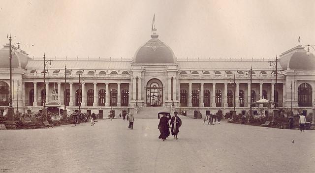 Exposition d'Hanoï. 1902 - Cuộc Đấu Xảo tại Hanoi năm 1902 - Cung triển lãm, tòa nhà chính trong cuộc đấu xảo