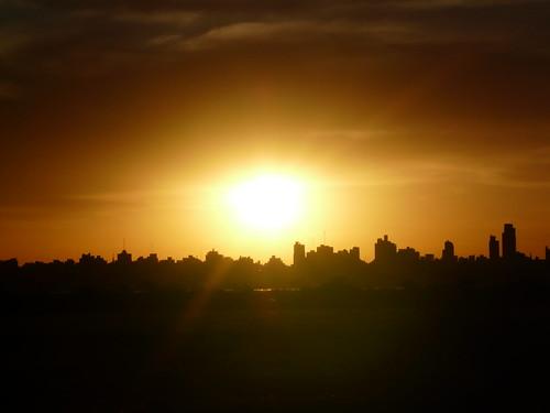 sunset sun sol entreríos argentina contraluz atardecer edificios rosario islas ríoparaná barcociudadderosario