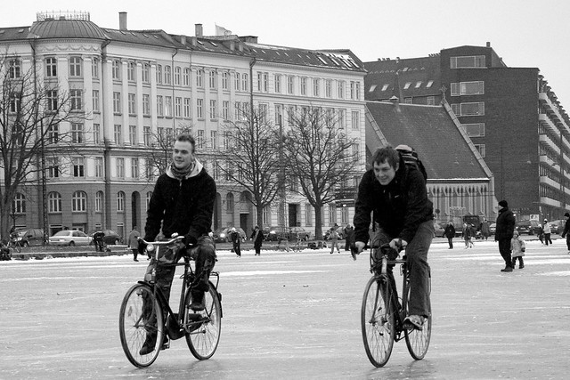 Bicycle Ice Friends - Cycling in Winter in Copenhagen