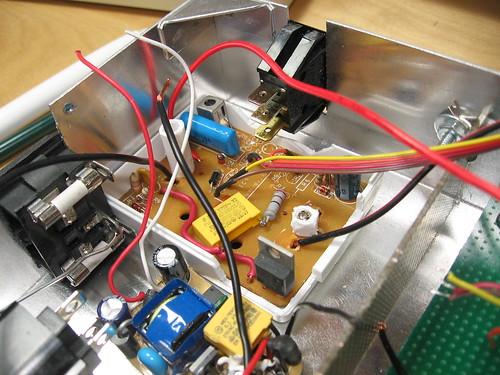Diy sewing machine retrofit scanlime for Triac ac motor speed control